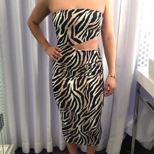 Kimcine CURVE Dresses - Party Dress